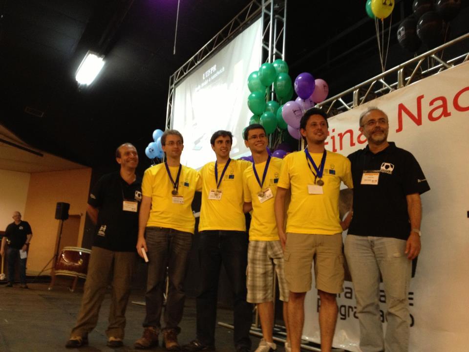 Equipe do DAINF conquista Medalha de Bronze na Maratona de Programação